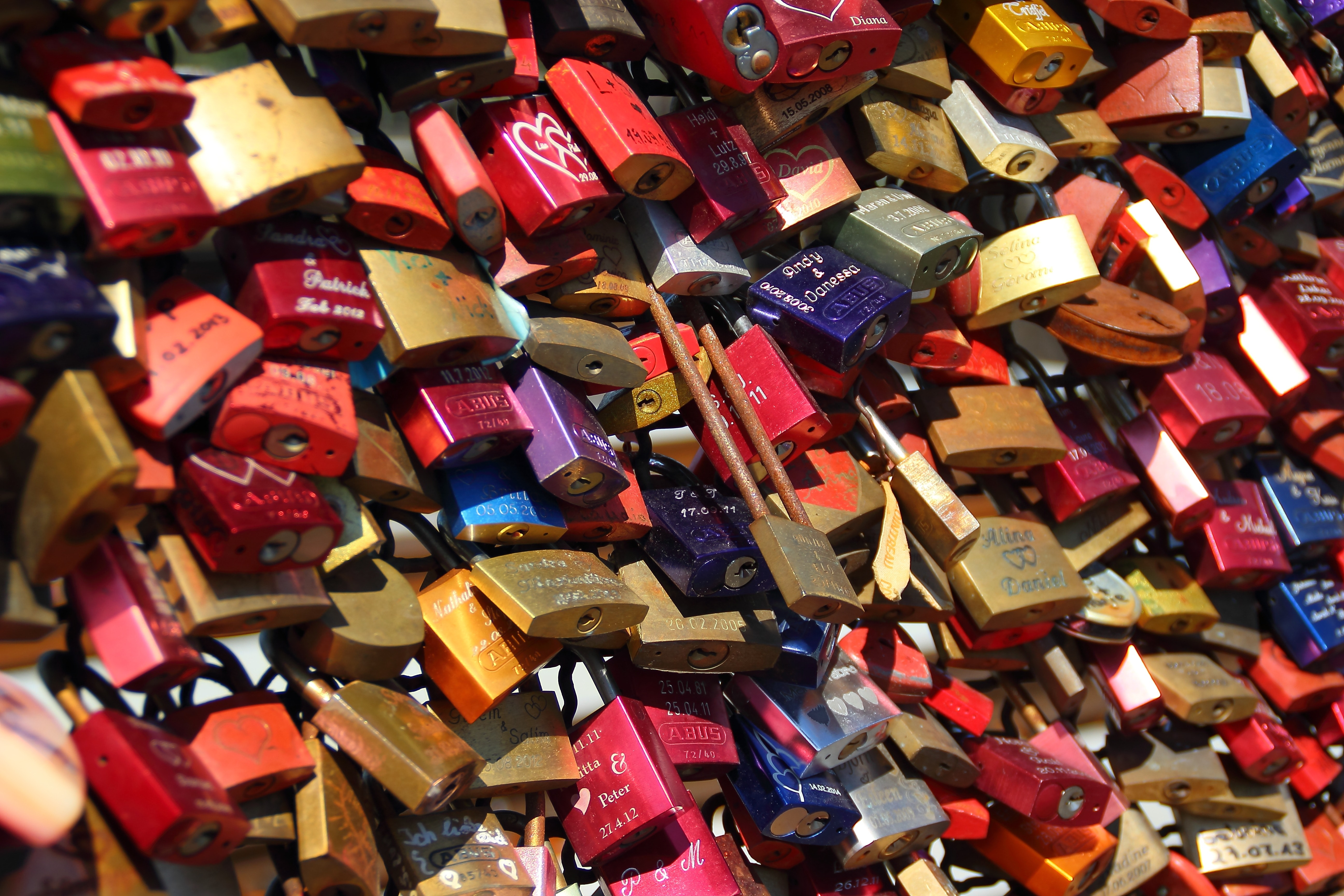 Series of lockets