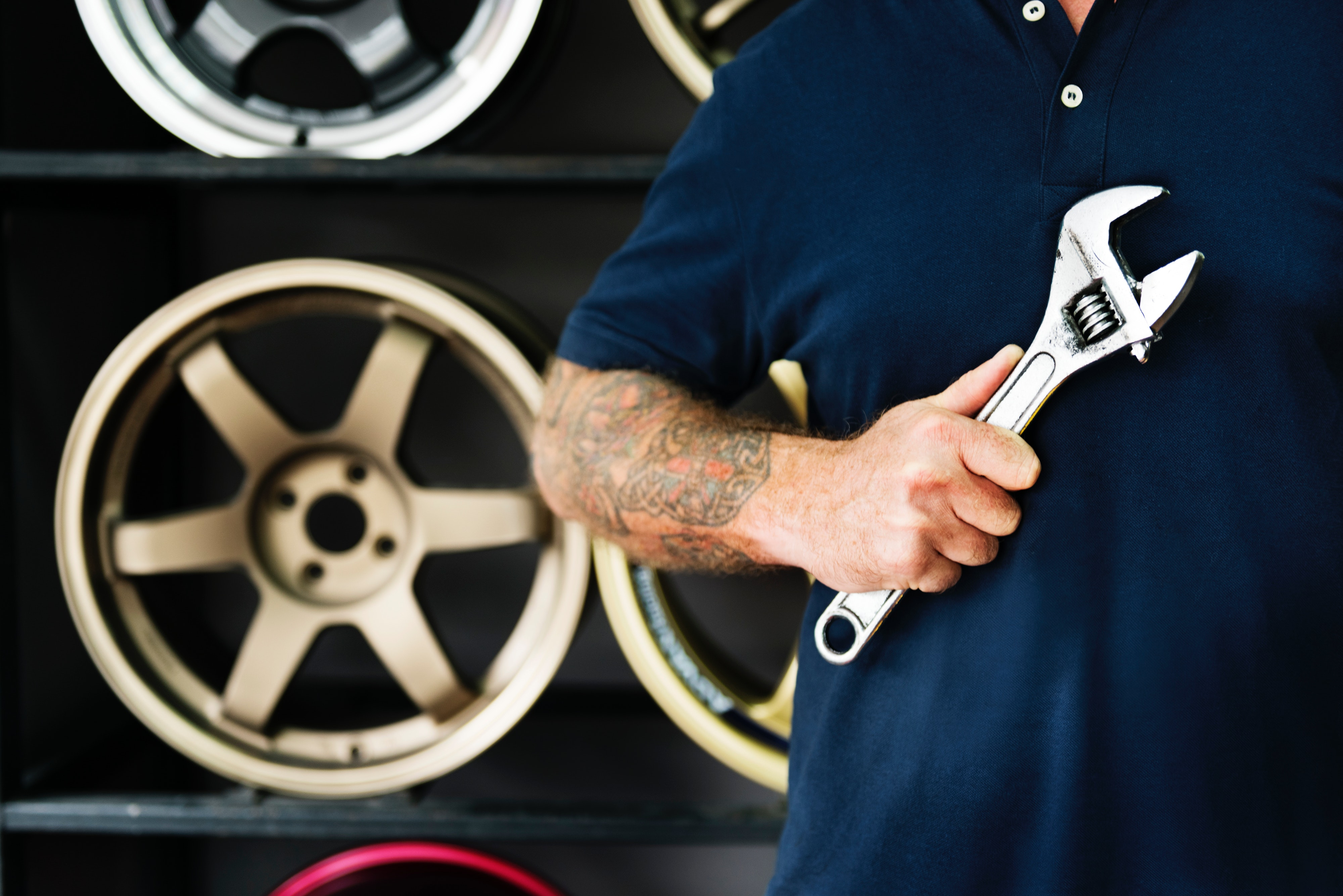 Men with tool for cars
